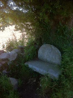 EL CAMINO stone seat low-res 965