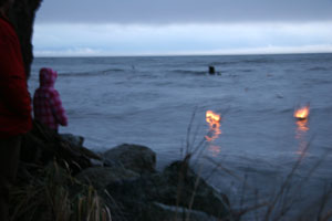 low-res-new-years-day-boat-ritual